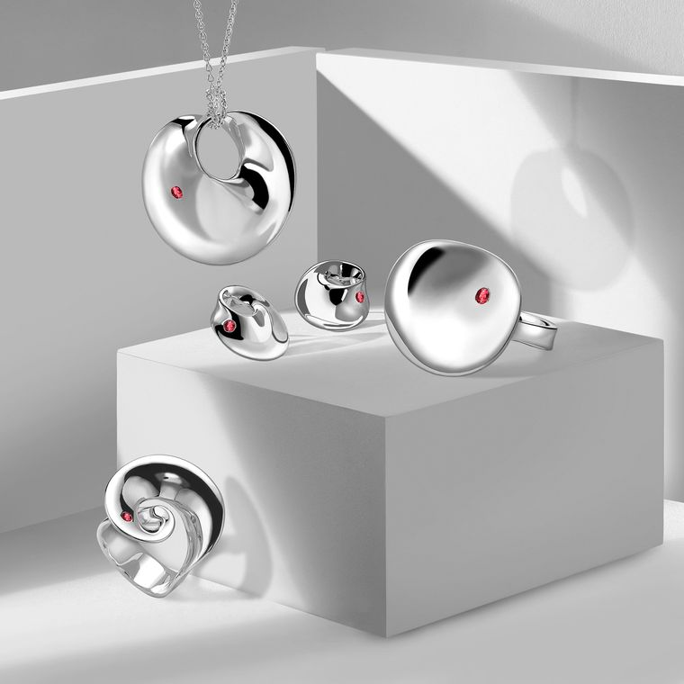 georg-jensen-group-amazon.jpg__760x0_q80_crop-scale_subsampling-2_upscale-false
